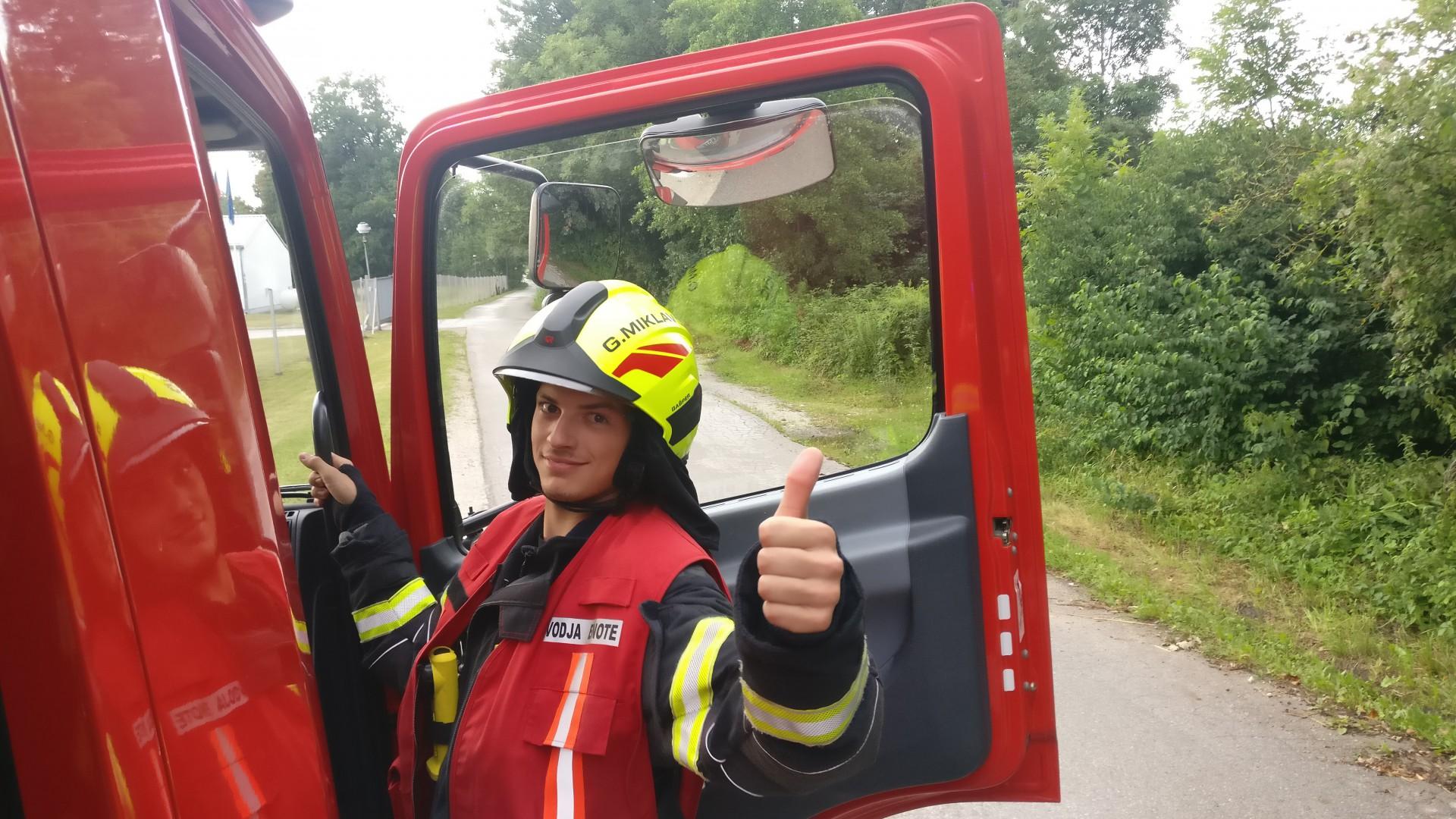 Požar na Obvozni cesti 100