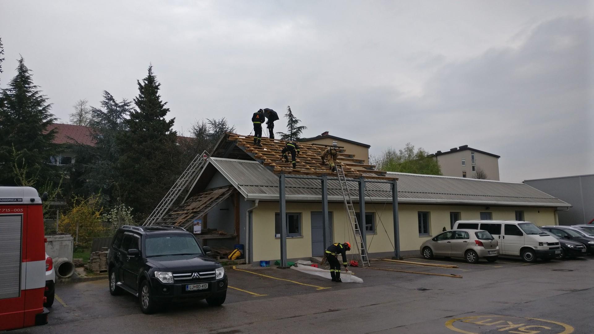 Interventno prekrivanje streh